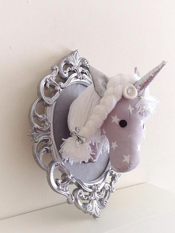 Unicorn montato, nursery decor, vivaio di unicorno, arte della parete della scuola materna, arte della parete dei bambini, unicorno d'argento, scintillante unicorno