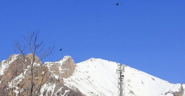 Uçak ve helikopterler o bölgeye yöneldi!