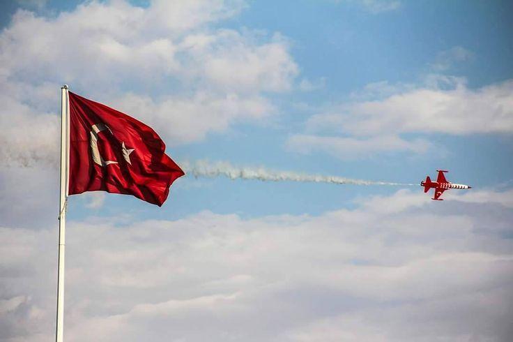 """47 Beğenme, 1 Yorum - Instagram'da mihri SultanErzincan 2469 (@mihriban_yurtseven): """"Ey şimdi süzgün, rüzgârlarda dalgalı;Barışın güvercini,savaşın kartalıYüksek yerlerde açan…"""""""