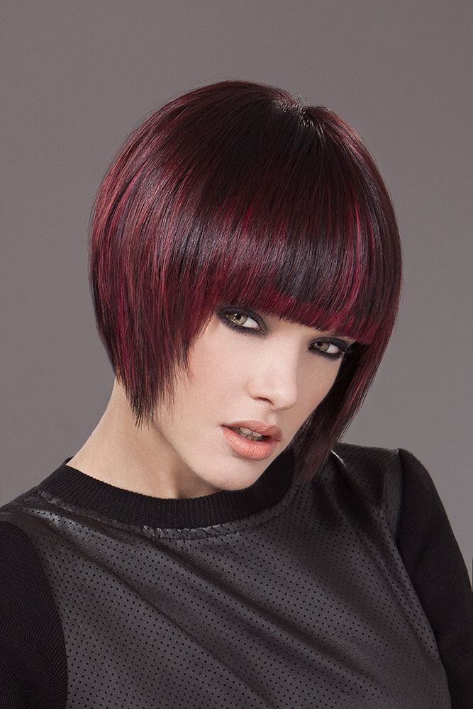 Short hair , Caschetto corto , per una donna grintosa Hair Egidio Borri hairstylist wellaprofessional  Mua Lara Navarrini make up artist  Photo Azzurra Piccardi