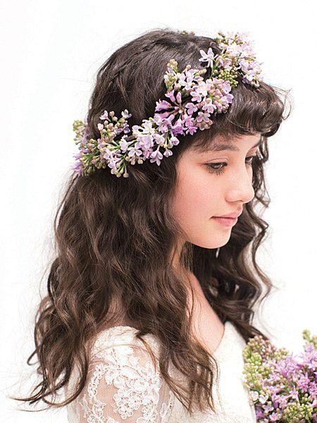 クラシカルなお嬢さまヘアにカジュアルな花冠で遊び心を/side|HOME|ヘアメイクカタログ|ブライダル・ビューティ|ザ・ウエディング