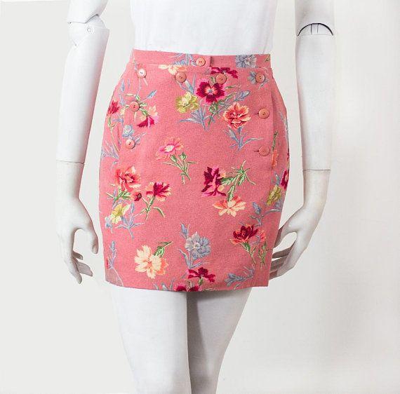 Jupe Courte Kenzo En Lin Brut Rose Et Motif Floral 36 38 M Vintage 1980 90 36 S Jupe Courte Jupe Idees De Mode