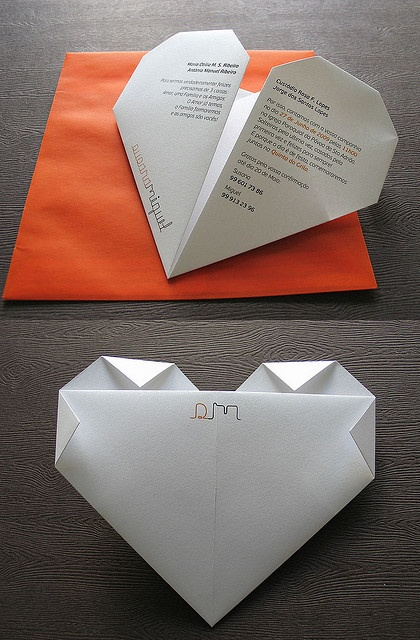 That would make a wonderful handmade invitation! Just proof that you don't need to spend a ton of money to get a bit fancy. #wedding