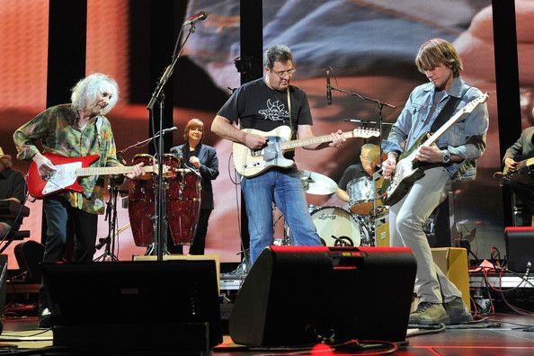Keith Urban Photos Photos - Albert Lee, Vince Gill and Keith Urban perform on stage during the 2013  Crossroads Guitar Festival at Madison Square Garden on April 13, 2013 in New York City. - Eric Clapton's Crossroads Guitar Festival 2013 - Day 2 - Show