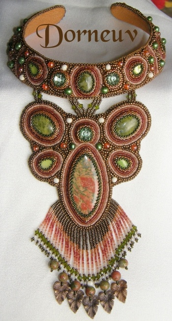 Dorneuv créations ©: Beads Necklaces, Pärlitega, Beads Embroidery, Bitty Beads, Bijoux Beads, Beads Gyöngyök, Embroidery Collier, Beads Work, Beads Art