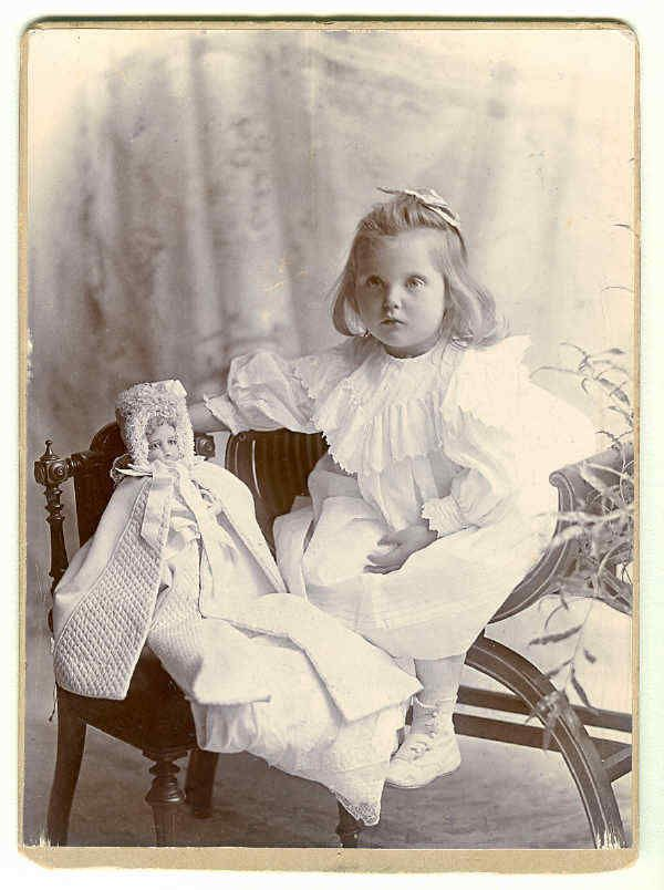 I believe the doll to be a Madame Huret fashion doll. Some were sold undressed, so you could dress as you liked. Very similar look to doll and girl, with full cheeks, rosebud lips, and light eyes. | eBay!