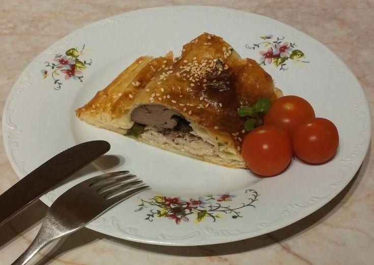 Leveles tésztabundában sült rakott csirkemell