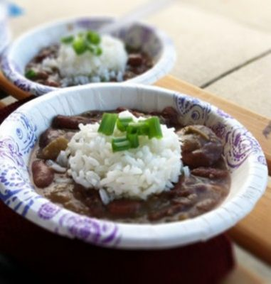 Red beans and rice is known to be a Monday tradition, but now there's a way to enjoy it on the weekend as you prepare for America's favorite sport, football. Now, you can tailgate with this New Orleans comfort food. It's not as crazy as it seems. Instead of slow cooking the red beans over the stove or in the crock pot, use either a 50-qt crab boil pot fueled by propane or a 5-gallon pot sitting on top of a gas grill. Let the other guys cook up the brats, hamburgers and chili. Once the…