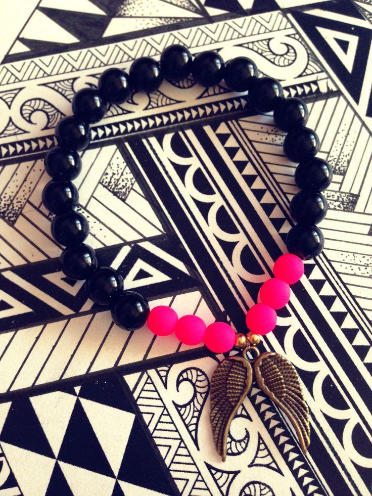 #FriendshipBracelets #BraceletsForFun #BraceletsLucky #BraceletsForAbundance #BraceletsOfLove #BraceletsForYou #AngelWings #Wings #Pink #goldAngelWings #BlackAndWhite #Beads  https://www.facebook.com/ensistore