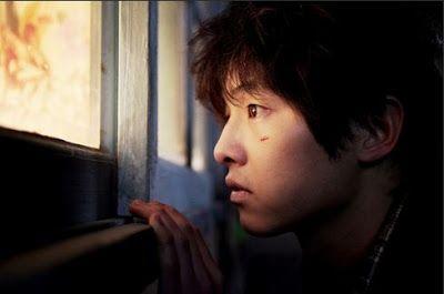 A Werewolf Boy. Song Joong Ki como Chul-Soo.