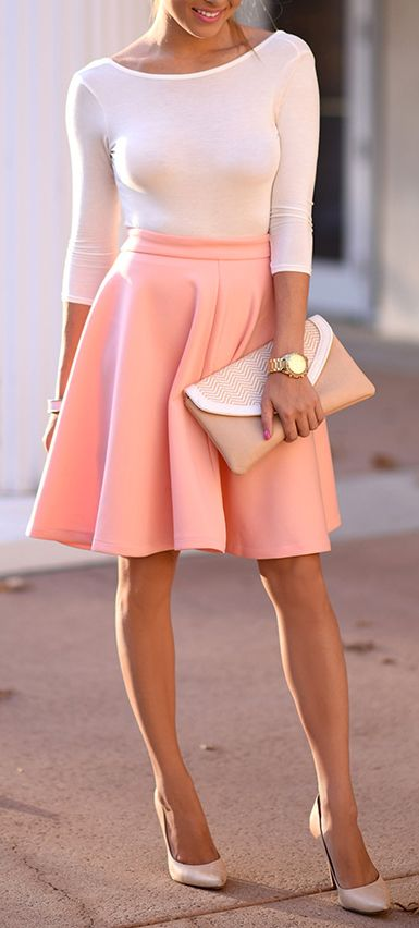 Pink basic. I have that skirt :3