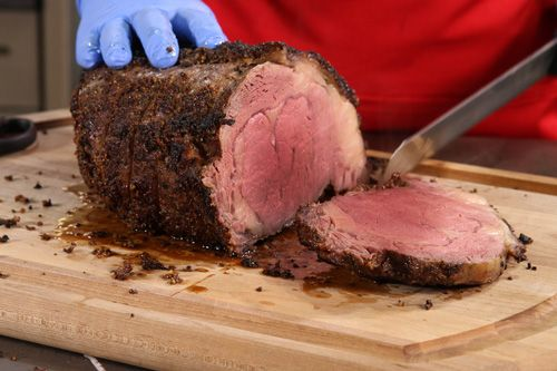 This smoked prime rib recipe will have your mouth watering. Oh man! How to make the perfect prime rib. #primerib #steak
