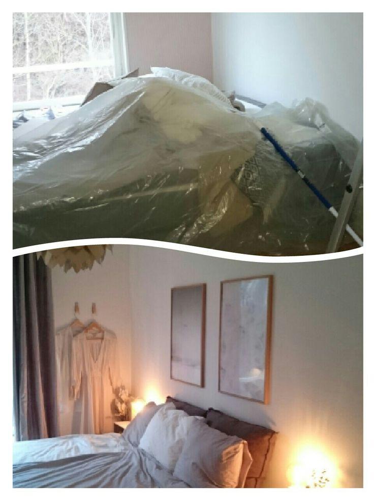 Rummet målades vitt. Säng och gardiner från Mio. Lampan från Vita. Trälådor från Åhléns som nattduksbord. Även de små lamporna är från Åhléns. Tavlor från Desenio. Pläd från Mio och de stora linnekuddarna från Granit. Klippte till läderband som blev till fina krokar!