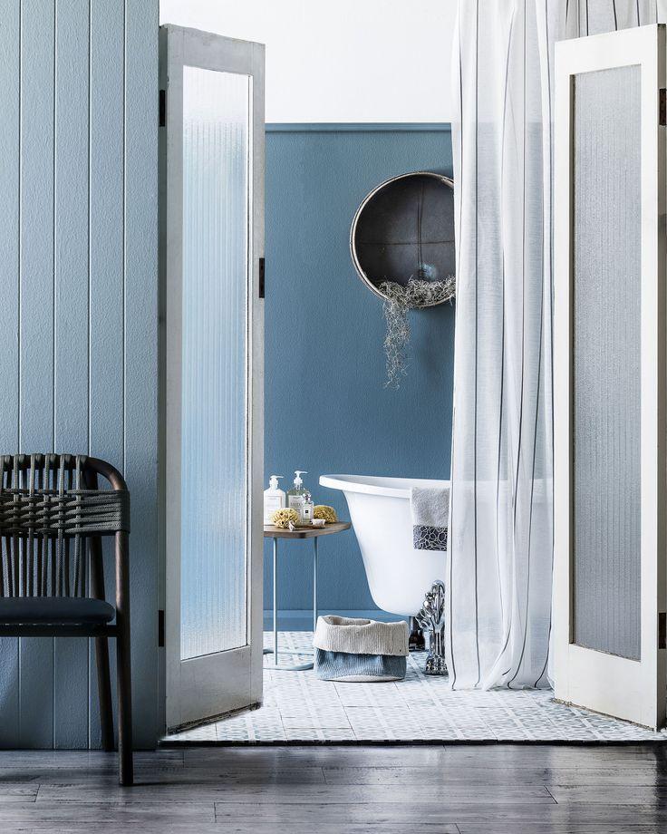 Australian coastal style bathroom. Styling: Kayla Gex | Photography: Maree Homer | Story: Australian House & Garden