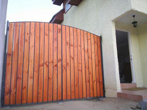 17 best images about portones on pinterest iron gates for Como hacer un porton de madera economico