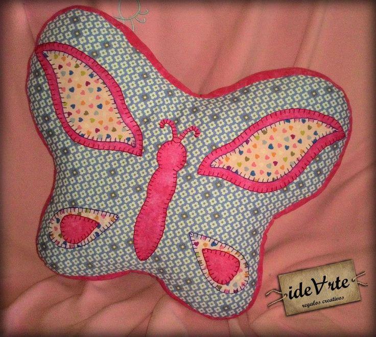 Cojín con forma de mariposa, decorativo