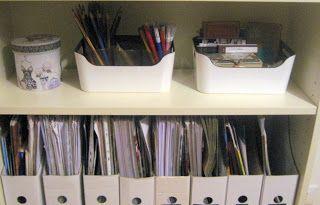 sorriso a 365 giorni: Paroladordine: organizzare lo studio (2) - crea dei vassoi per raggruppare gli oggetti che usi spesso mentre lavori