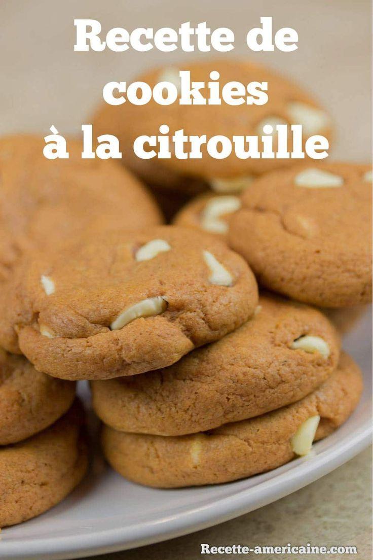 Un beau plat de cookies à la citrouille