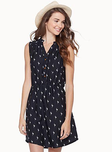 Exclusivité Twik - La robe chemisier tendance avec son bustier ajusté et sa jupe évasée - Taille élastique - Fine doublure jupon Le mannequin porte la taille petit Longueur: 84cm, du haut de l'épaule