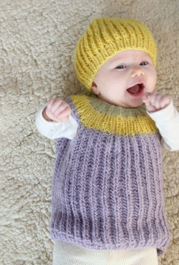 Baby Pullover stricken lila und gelbe akzente gelb mütze