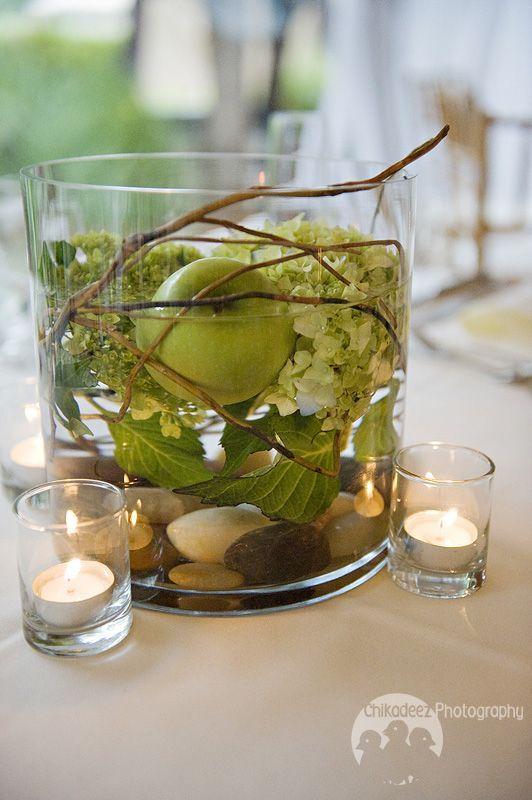 diy Wedding Crafts: Hydrangea & Apple Centerpiece - http://www.diyweddingsmag.com/diy-wedding-crafts-hydrangea-apple-centerpiece/