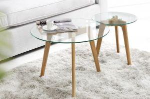 Świetne, nowoczesne stoliki kawowe Igloo Glass odmienią Twoje wnętrze dodając mu nutkę niezależności. Modne połączenie szklanego blatu z drewnianymi nogami odnajdzie się w minimalistycznych wnętrzach oraz nowoczesnych. Poranna kawa czy wieczorne spotkanie ze znajomymi nabierze nowego brzmienia przy stolikach Igloo.