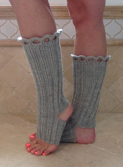 Free Pattern Crochet Yoga Socks : 17 Best ideas about Yoga Socks on Pinterest Yoga shoes ...