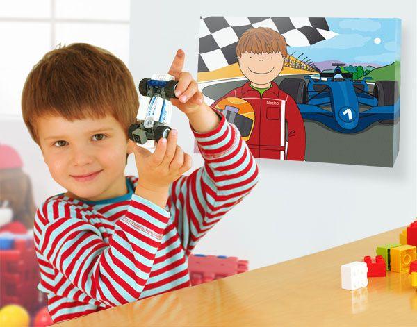 Me vuelven loco los coches, las motos y todo lo que tenga ruedas. De mayor quiero ser piloto de coches de carreras. http://www.miyakao.com/es/arte-pared/lienzos/profesiones.html