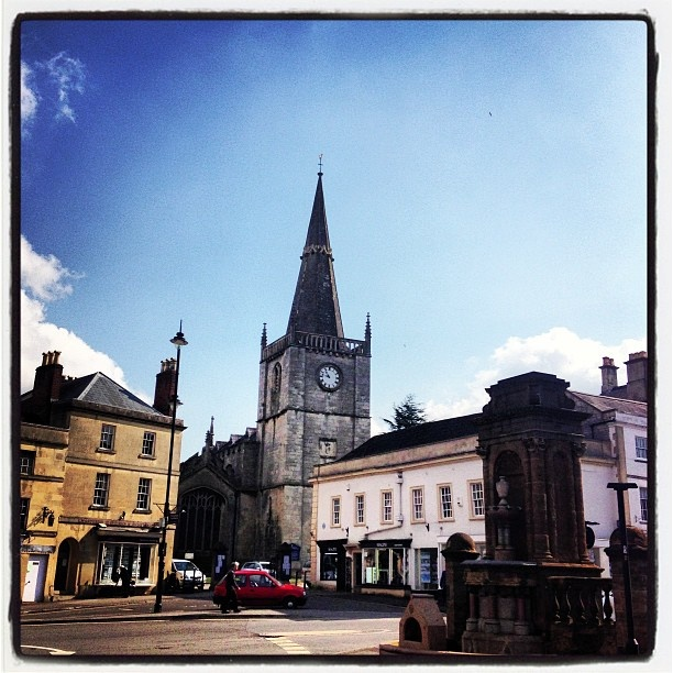 Enjoying a rare sunny morning in The English countryside #Wiltshire #historicMarketTown #Chippenham