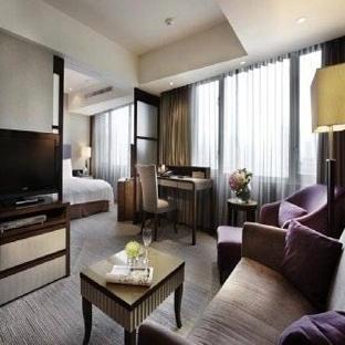 Taipei Fullerton Hotel South - Reception Lobby
