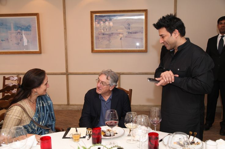 Legendary Robert De Niro with #Indian #theatre personality Sanjana Kapoor, at the Taj Mahal Hotel, New Delhi.