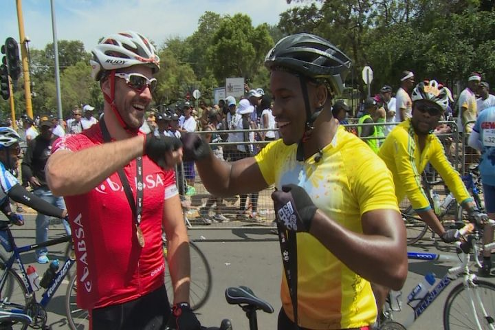 The #ManCaveSA hosts head to Pretoria for the #Unite4Mandela Cycle Challenge that pits riders against a gruelling 67km course from Loftus Versfeld to the Union Buildings in honour of Tata Madiba's legacy.