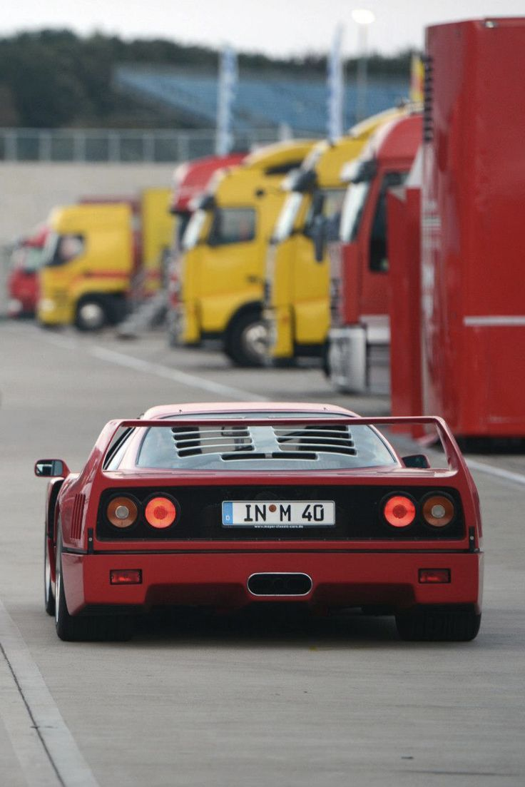 208 best images about ferrari f40 on pinterest cars ferrari 288 gto and engine. Black Bedroom Furniture Sets. Home Design Ideas