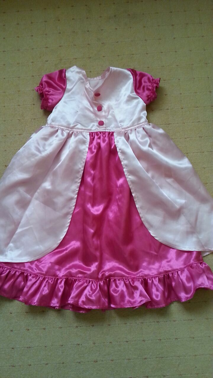 Een prinsessen verkleedjurk voor een klein prinsesje