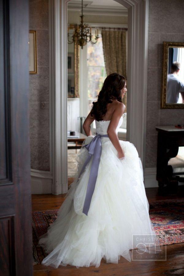 what a beautiful dress!Vera Wang, Wedding Dressses, Dream Dress, Wedding Plans, Tulle Wedding Dresses, Bows, Dreams Dresses, The Dresses, Floral Events Design