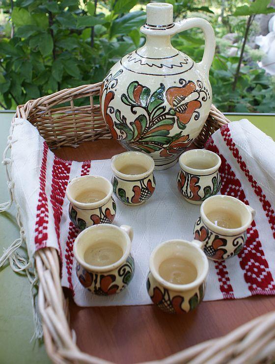 Set serviciu ceramic traditional pentru palinca, tuica, rachiu