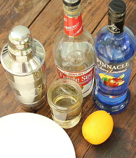1000 images about delicious recipes on pinterest sour for Delicious drink recipes with vodka