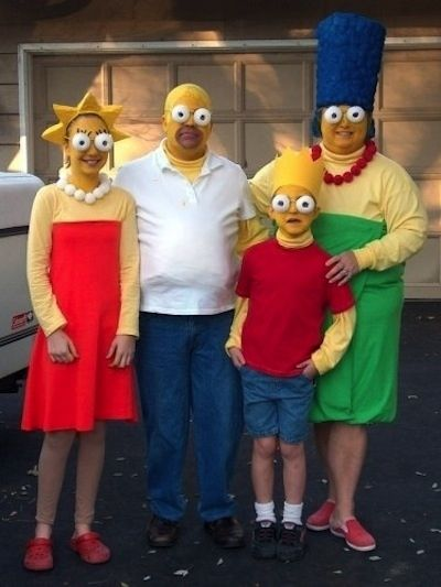 love the eyes! The Simpsons | 32 Family Halloween Costumes That Will Make You Want To Have Kids