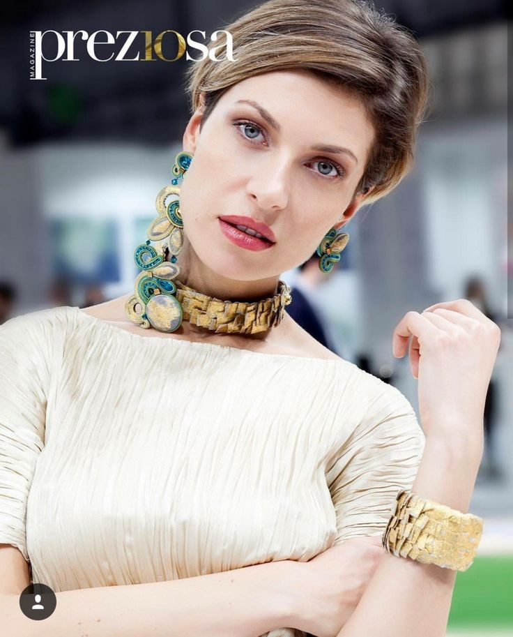 Preziosa magazine came by our booth at Homi, Milano and shot photos for a fashion story!   #doricsengeri #preziosamagazine #homimilano #couturejewelry #highfashionjewelry #designerjewelry #jewelrymagazine #accessoriesmagazine #milano