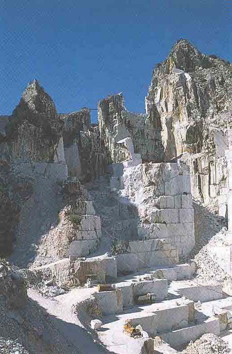 Carrara, Toscane, marmer. Bestemming in juni 2012, op zoek naar de roots van mijn moeder.