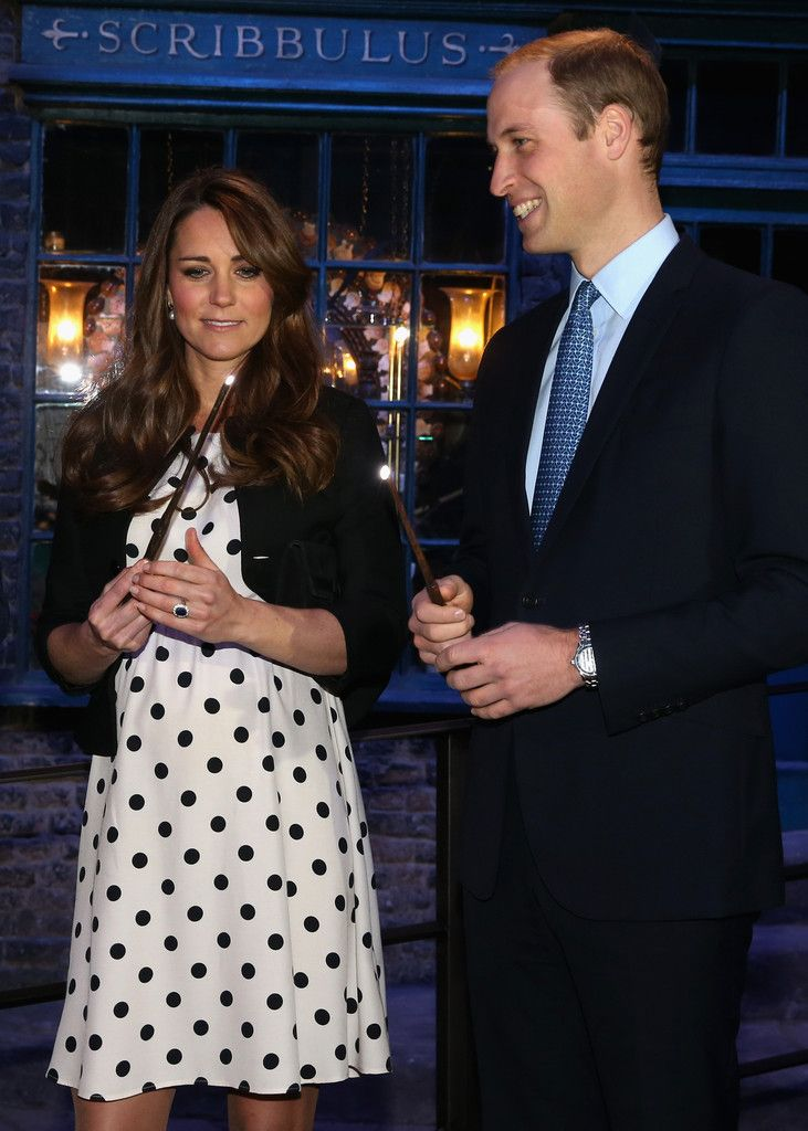Kate Middleton Photo - The Duke And Duchess Of Cambridge And Prince Harry Attend The Inauguration Of Warner Bros. Studios Leavesden: