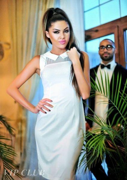 Платье цвет белый http://tatet.ua/items1959-odezhda/f17578-20156/17587-20121 #Платье #цвет #белый