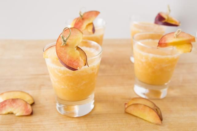 You can make Peach Wine Slushies for your summer pool parties with this easy boozy frozen drink recipe.