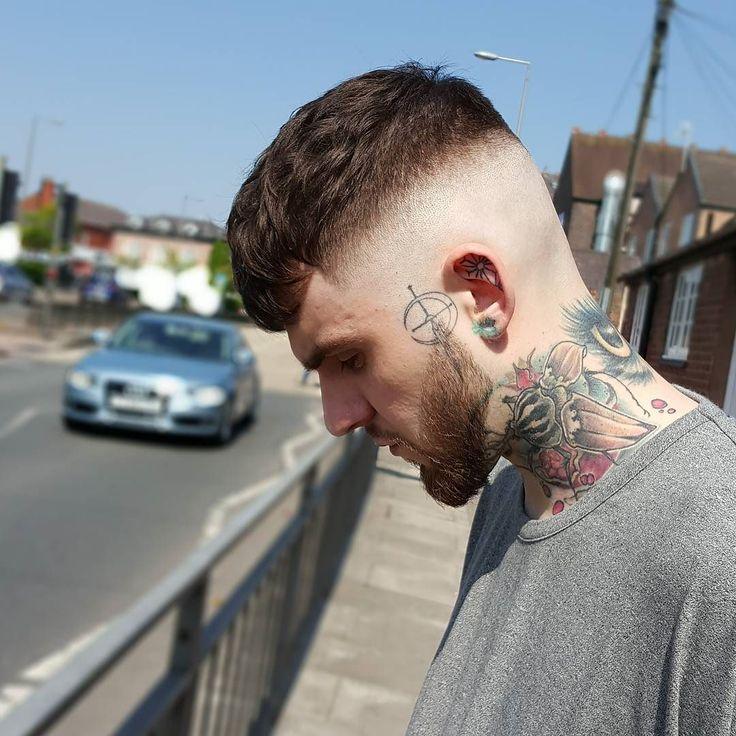 Haircut by lieanne_ http://ift.tt/24Uei9a #menshair #menshairstyles #menshaircuts #hairstylesformen #coolhaircuts #coolhairstyles #haircuts #hairstyles #barbers