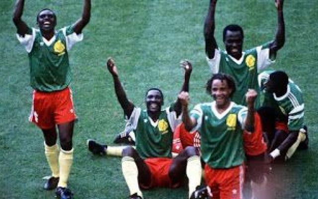 Mondiale 1990: Camerun-Argentina 1-0 Prima grande sorpresa al Mondiale di Italia '90. L'Argentina campione del mondo in carica è sconfitta all'esordio dal Camerun 1-0. Successo meritatissimo quella della squadra africana, grazie al gol  #mondiale1990 #camerun #argentina