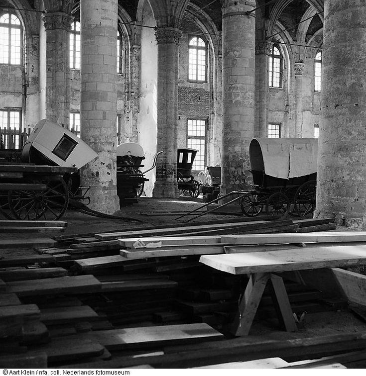 Interieur van de abdij tijdens restauratie middelburg for Interieur van nu
