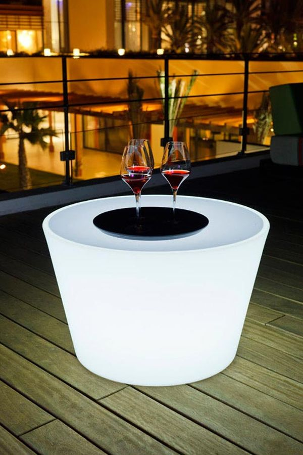 Find This Pin And More On J. Minimalism   Outdoor Lighting By Sofiebuelens.