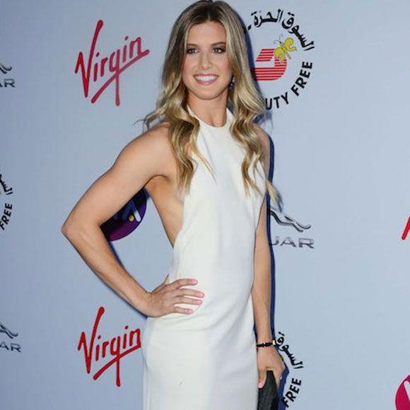 Eugenie Bouchard est white hot à Wimbledon | HollywoodPQ.com