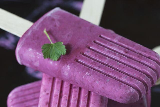 Frozen Blackberry-Raspberry Pops