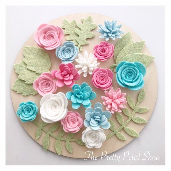Each Set Consists Of 15 Flowers Which Range In Size From 1 1 4ins To 1 3 4ins With A Choice Of Adding 10 Leaves Y Felt Flowers Felt Flowers Diy Handmade Felt